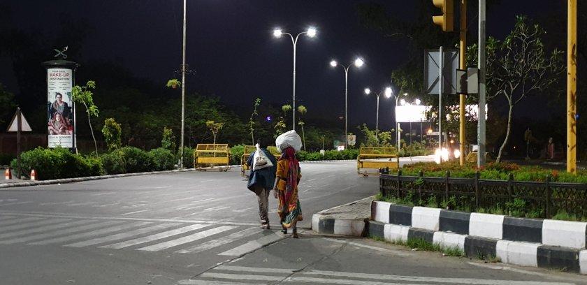पैदल घर लौटते लोग - राहुल मीना 31 मार्च 2020